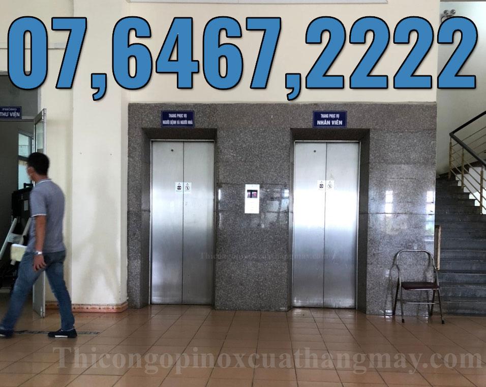 Thi công tấm ốp inox thang máy bệnh viện